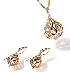 Kollektion Swing, Rosegold und Weissgold, Kettenanhänger an Goldkette und Ohrschmuck, mit und ohne Brillanten